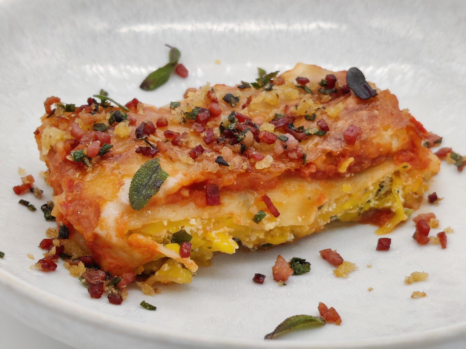 Cannelloni con zucca, salvia e pancetta