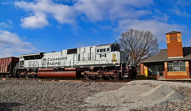 CP SD70ACU No. 7022 in Lenexa, KS