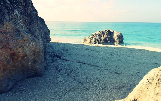 Μια επίσκεψη στις παραλίες «Μεγάλη Πέτρα» και «Καβαλικευτά»το Φθινόπωρο του 2012