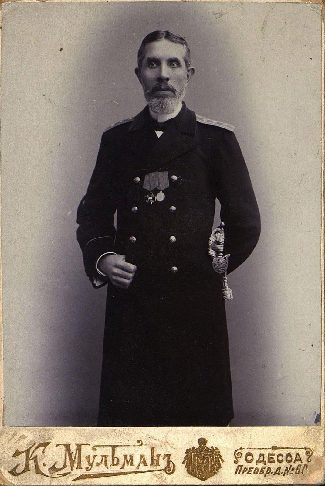 17. Манойлов Эммануил, судебный чиновник. Фотография К. Мульмана. 1901-1902 гг.