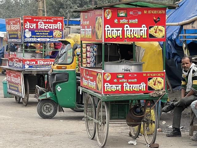 City Food - Delhi-UP Border Cuisine, Anand Vihar