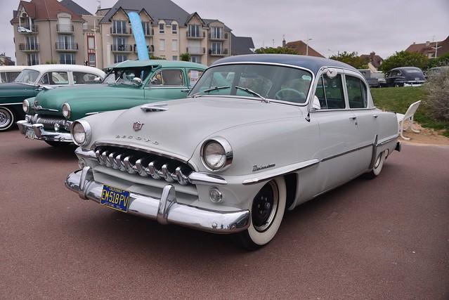 1954 DeSoto Diplomat Deluxe 4-door sedan