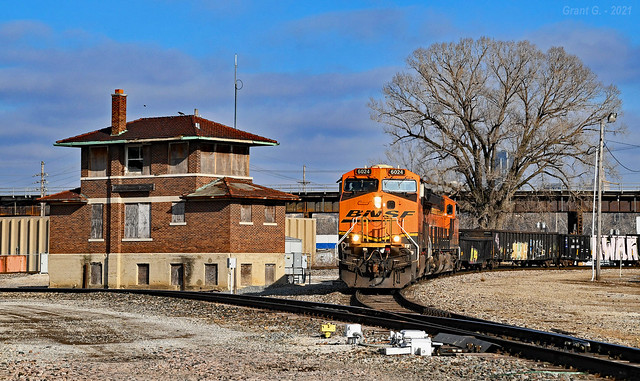 Northbound Special Unit Train in Kansas City, KS