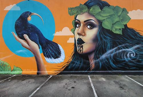 erikapearce mural wallart moko bird art street galaxy s10 androidsmartphone