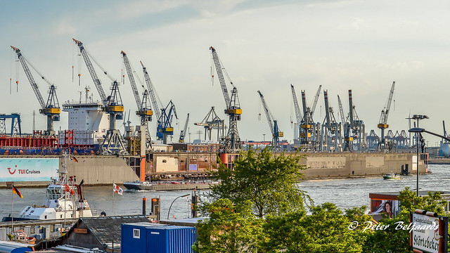 Dockyard & Cranes, Hamburg Harbor