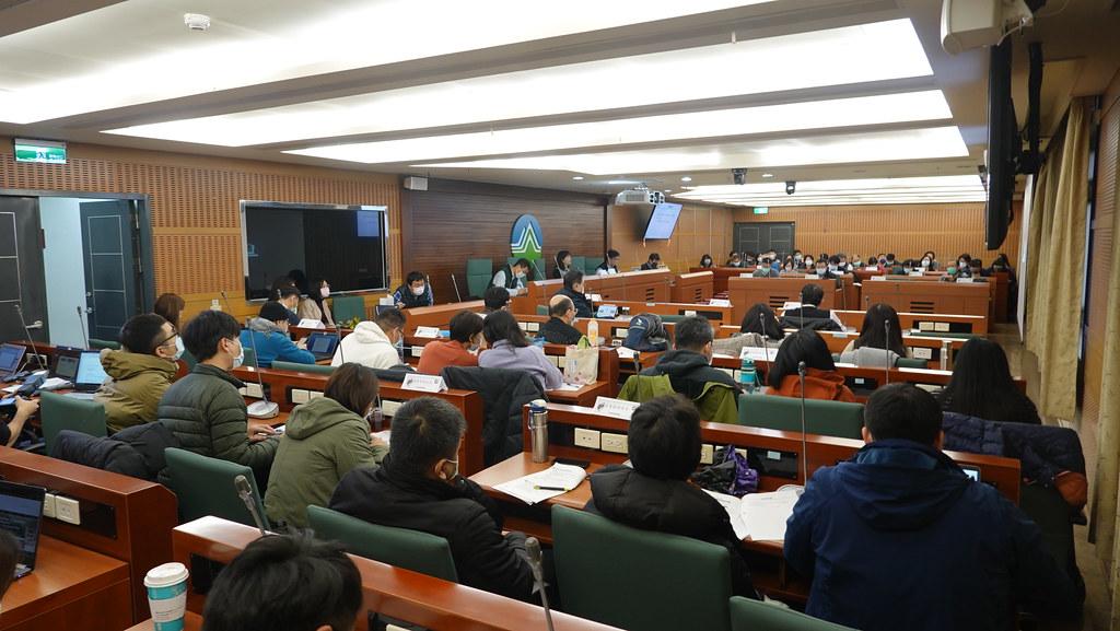 環保署於8日舉行第一次《氣候法》研商會議。