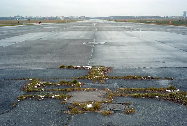 Berlin Flughafen Tempelhof Südbahn 12.1.2021