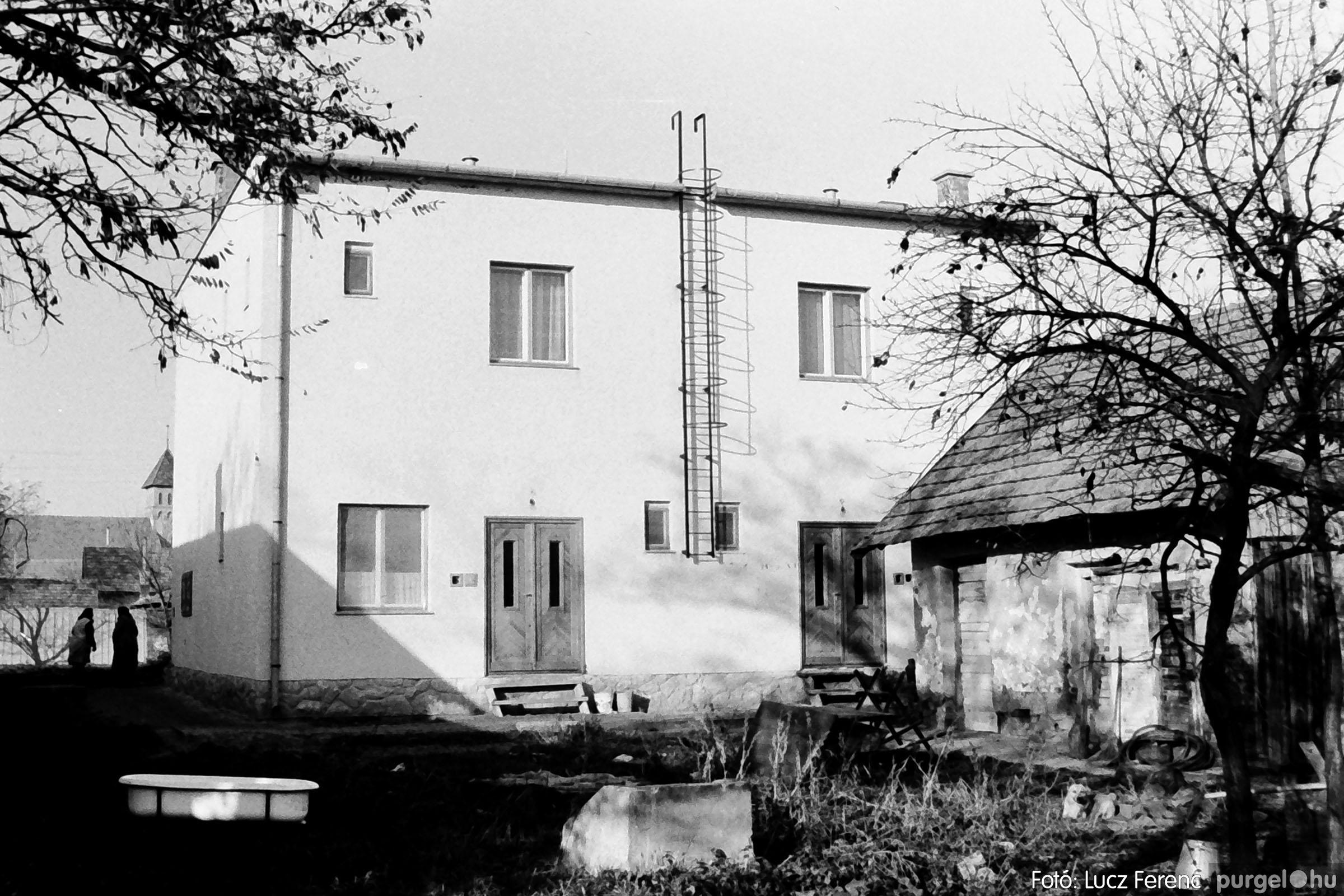 007 1975. Vegyes képek 025 - Fotó: Lucz Ferenc IMG00102.JPG