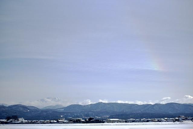 霊峰白山と虹