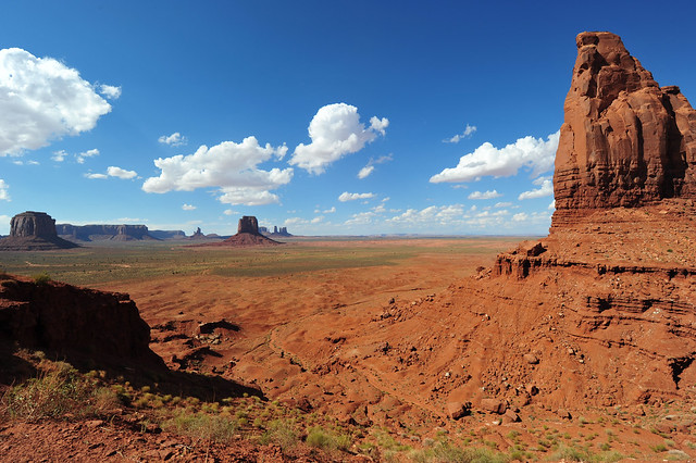 Monument Valley Navajo Tribal Park, Arizona, US United States D700 047