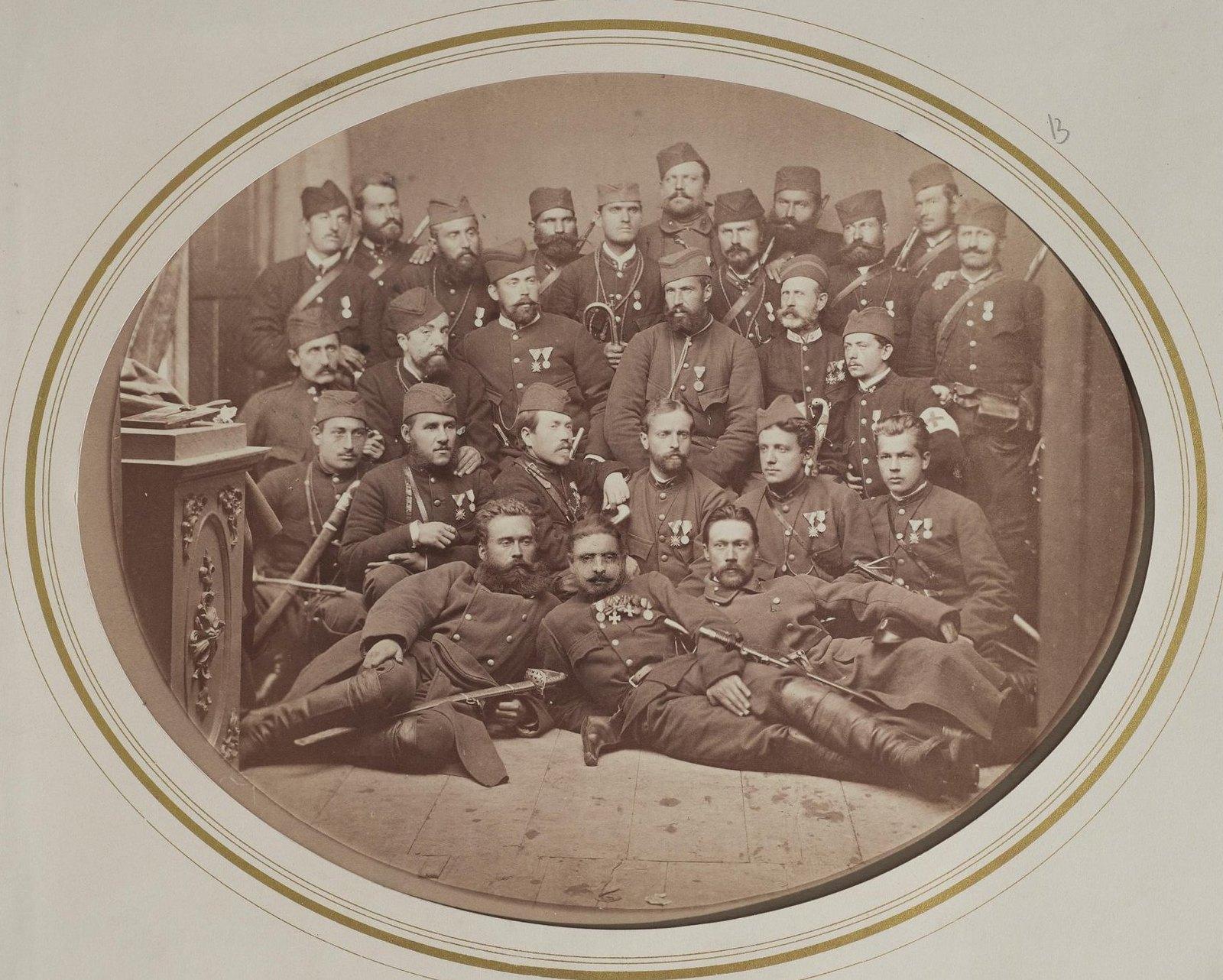 1876. Группа русских и сербских военных