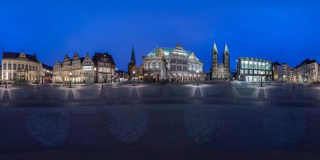 Marktplatz blaue Stunde