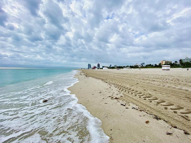 Changes in Latitudes #sandbeneathmyfeet #beach #ocean #waves #southbeachmiami