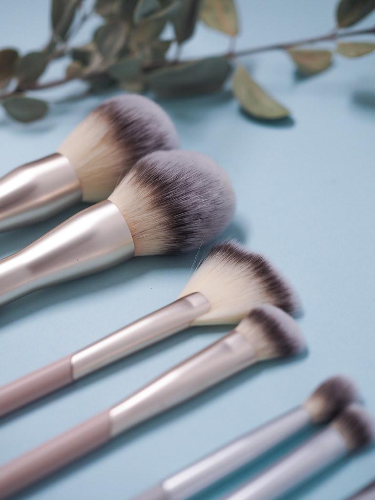 Flaer meikkisiveltimet