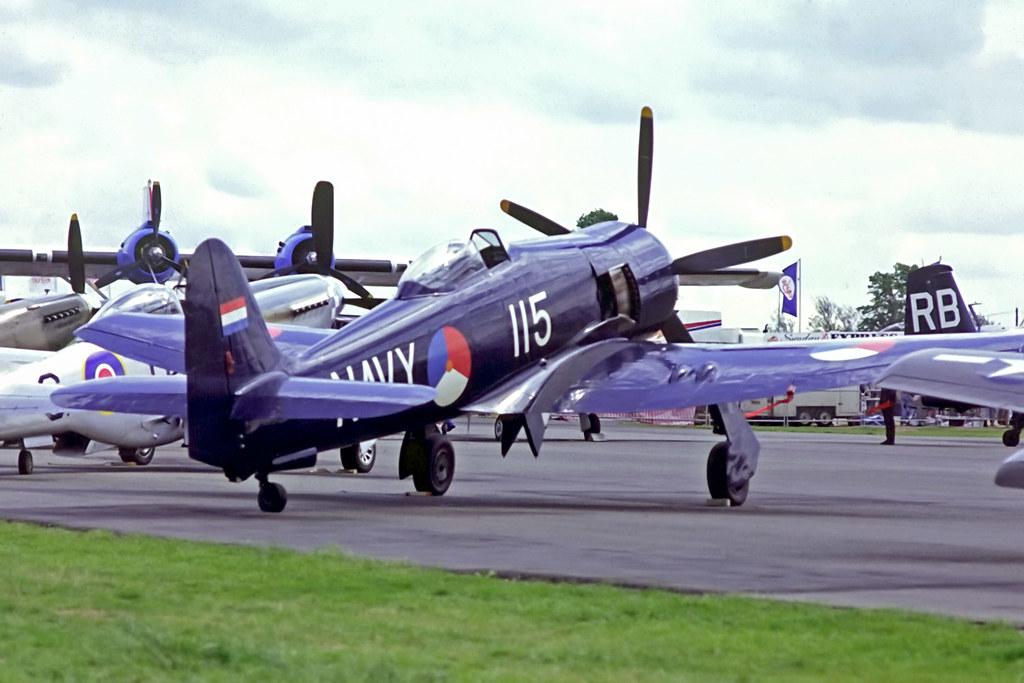 G-BTTA   Hawker Fury ISS [37534] North Weald~G 16/05/1993