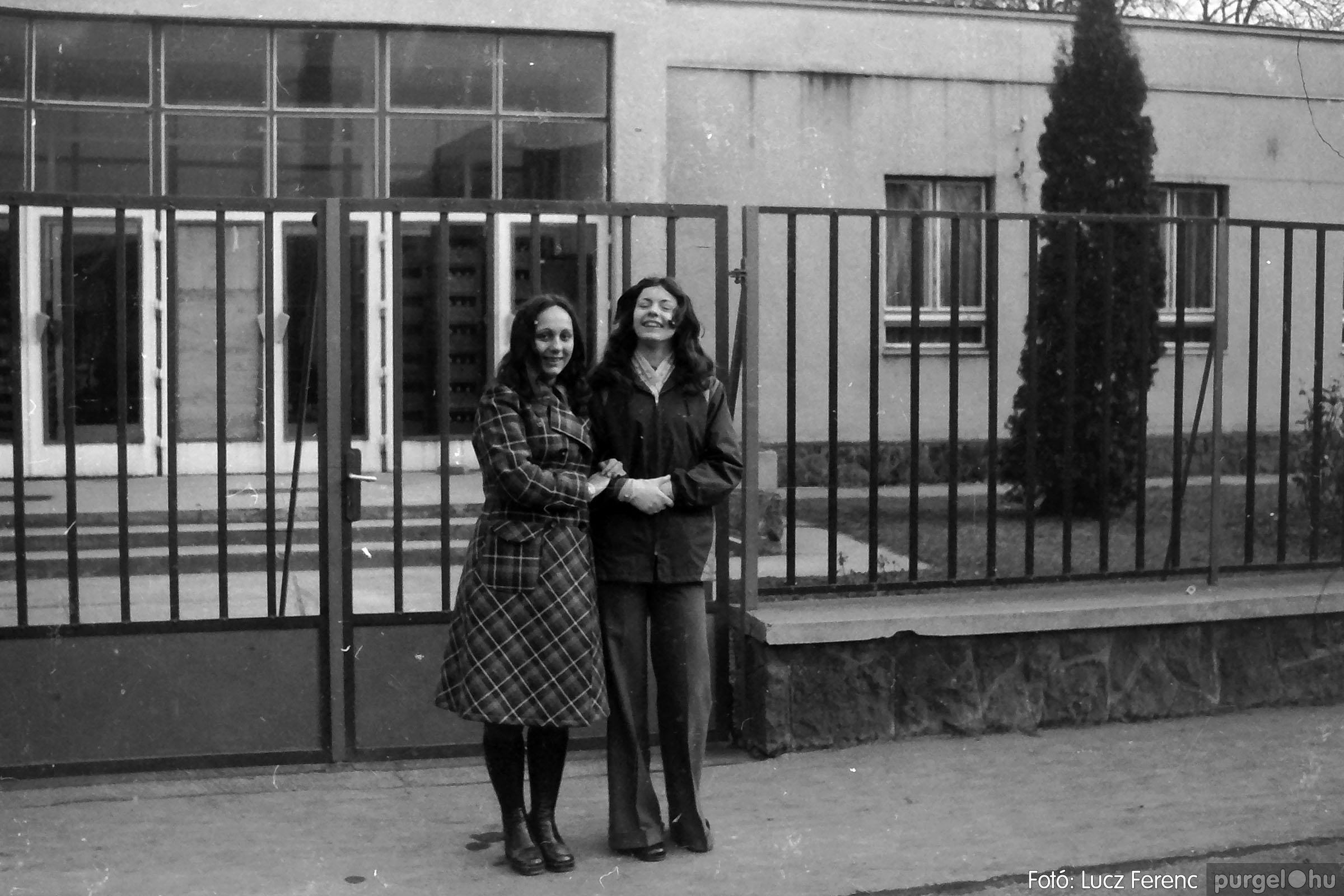 018-019 1975. Élet a kultúrházban 023 - Fotó: Lucz Ferenc IMG00067q.jpg