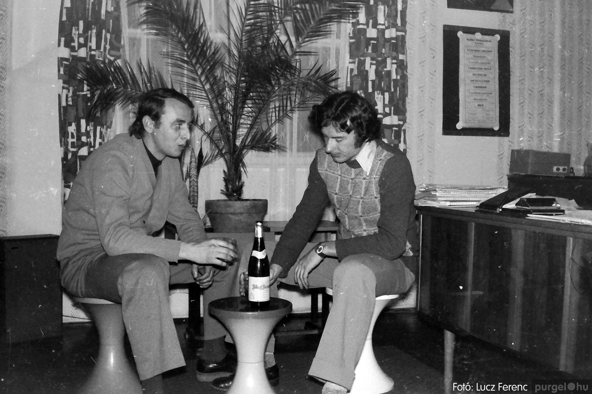 018-019 1975. Élet a kultúrházban 022 - Fotó: Lucz Ferenc IMG00066q.jpg