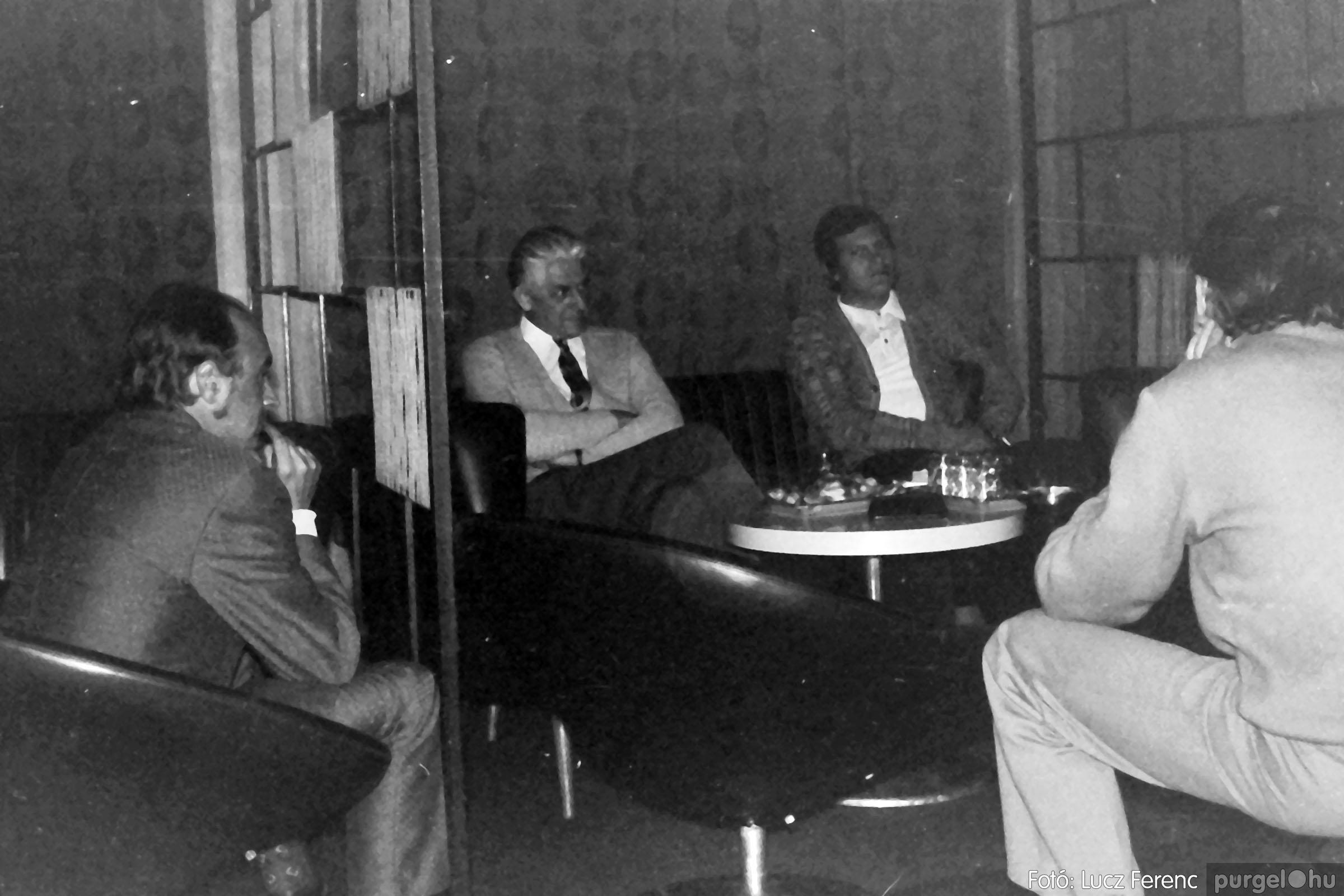 018-019 1975. Élet a kultúrházban 003 - Fotó: Lucz Ferenc IMG00042q.jpg
