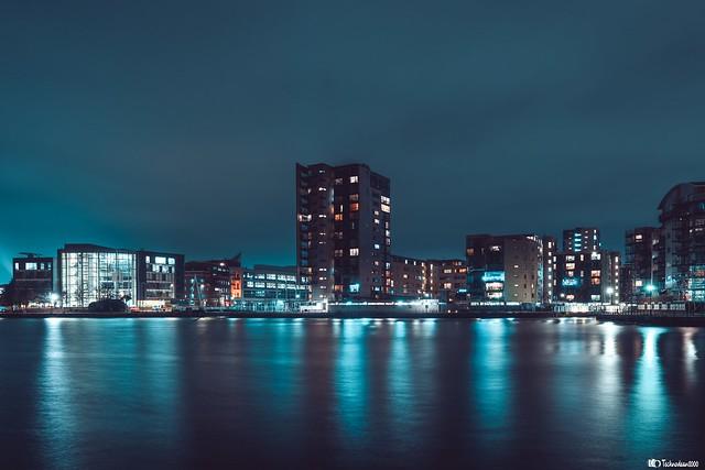 Cardiff bay reflection's