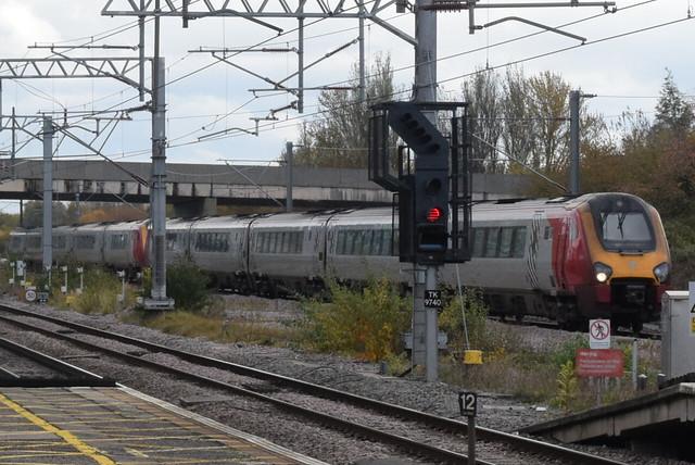 AWC 221117 and 221105 @ Milton Keynes Central railway station