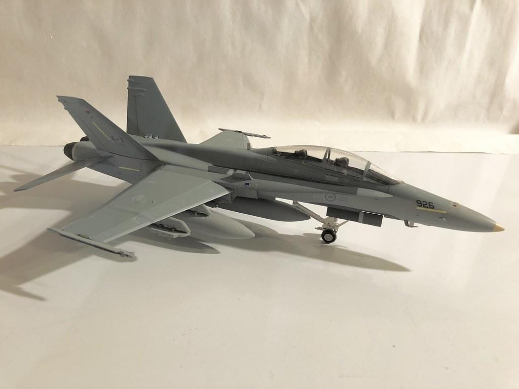 Hornet 4