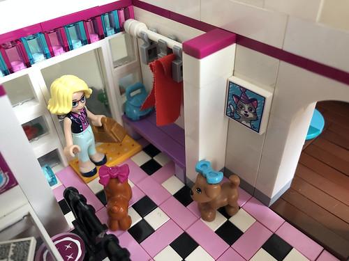 Stephanie's House 41314, entrance
