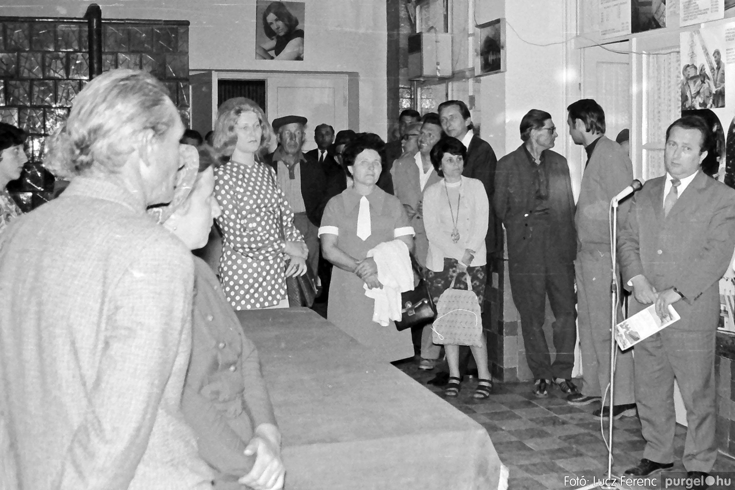 016 1975. Csatlakozó gyűlés a kultúrházban 002 - Fotó: Lucz Ferenc IMG00175.JPG