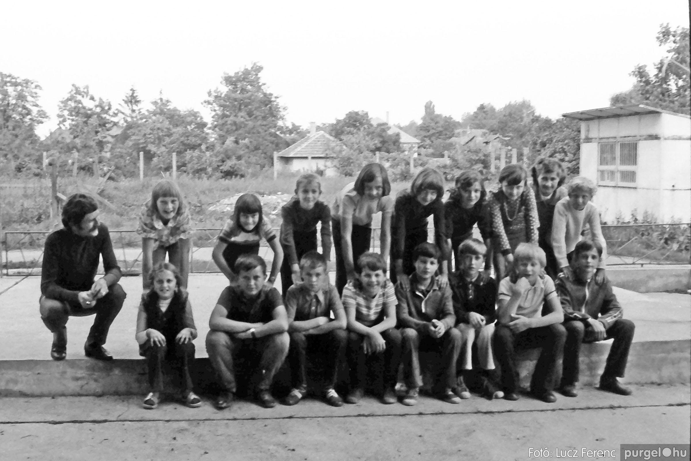 018-019 1975. Élet a kultúrházban 029 - Fotó: Lucz Ferenc IMG00076q.jpg