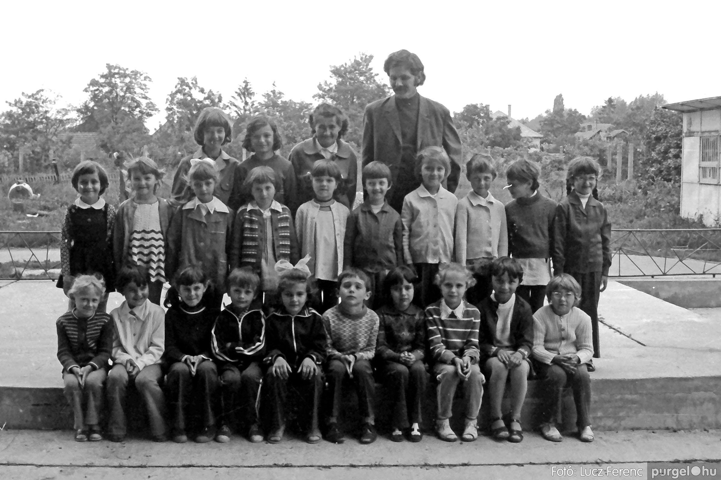 018-019 1975. Élet a kultúrházban 024 - Fotó: Lucz Ferenc IMG00071q.jpg