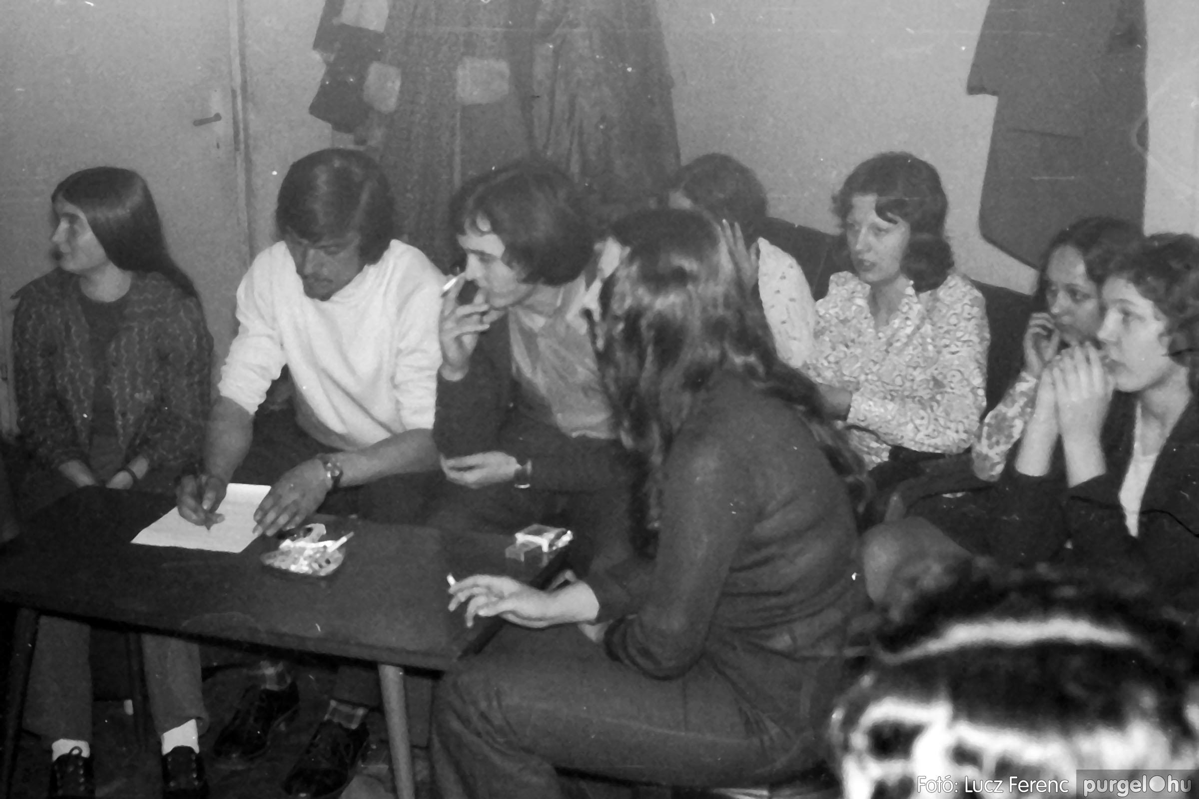 018-019 1975. Élet a kultúrházban 016 - Fotó: Lucz Ferenc IMG00058q.jpg