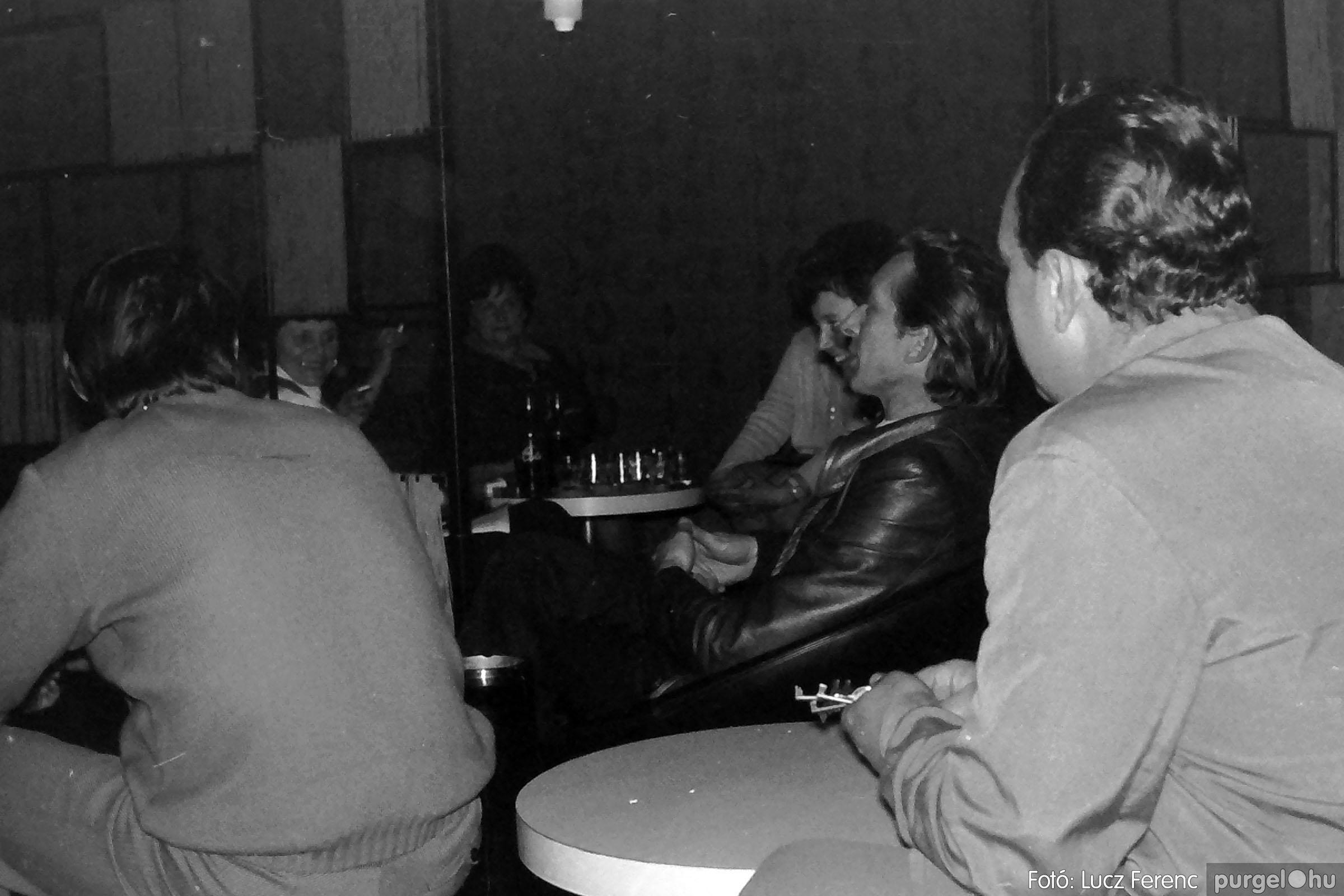 018-019 1975. Élet a kultúrházban 002 - Fotó: Lucz Ferenc IMG00041q.jpg