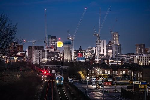 nova transpennine leeds hitachi class802 city lights night exposure blend copley hill moon full