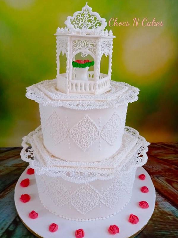Cake by Chocs N' Cakes