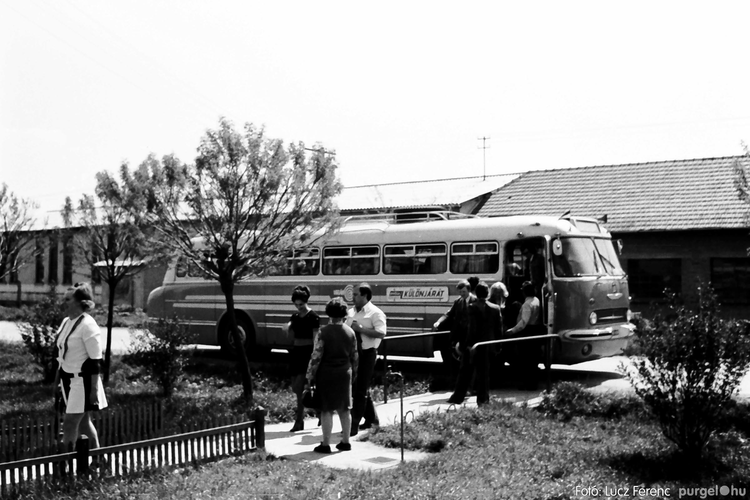 013 1975.04. A felszabadulási munkaverseny győztes üzeme 009 - Fotó: Lucz Ferenc IMG00116q.jpg