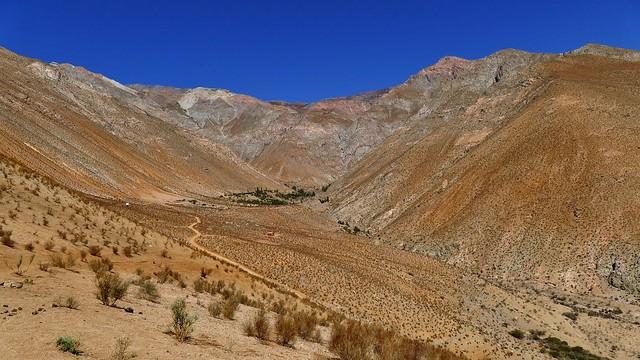 ....kahle Berge beim Elqui-Tal.....**explored**