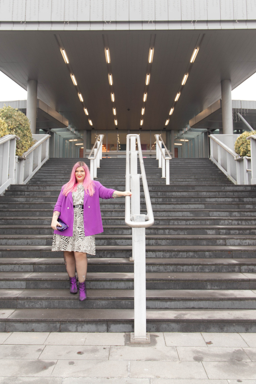 Outfit curvy stampa e colore (2)