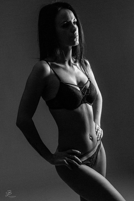 Lady Ombre et lumière IMG_ 9056