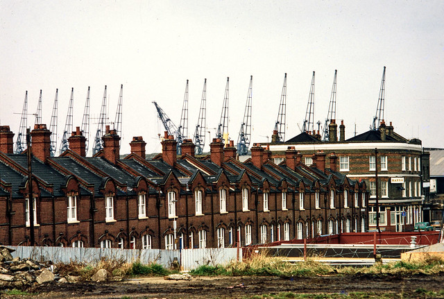 Barge House Rd, North Woolwich, Newham, 1984 81-NorthWoolwich-011
