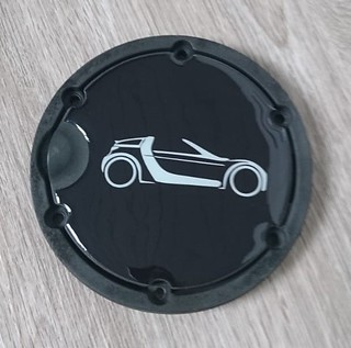 emblem decal for the fuel cap cover, self-adhesive smart roadster (coupe) | by edsmartparts.nl