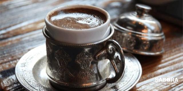 Fincan para café a la turca