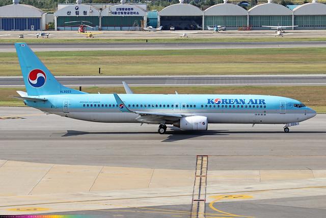 HL8223  -  Boeing 737-9B5 (WL)  -  Korean Air  -  GMP/RKSS 6/10/19