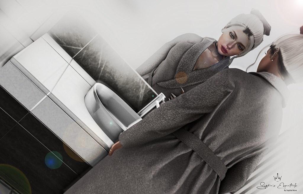 Amalfi Mirror & Sink as seen by Sophia Moriguchi