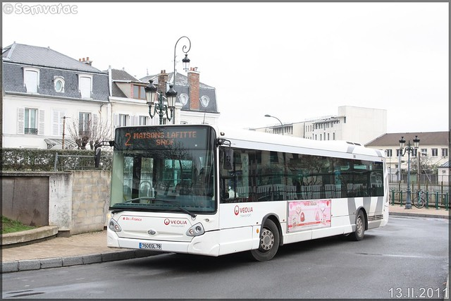Heuliez Bus GX 327 – Véolia Transport – Établissement de Conflans-Sainte-Honorine  / STIF (Syndicat des Transports d'Île-de-France) n°7111