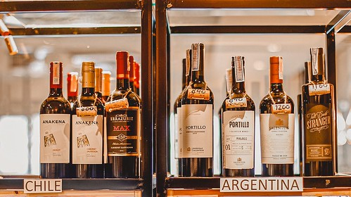 wine bar ภูเก็ต