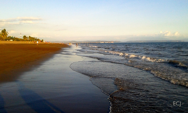 Puntarenas, poco antes del atardecer/ Puntarenas, a little before sunset