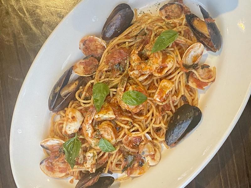 Italianni's, Trinoma