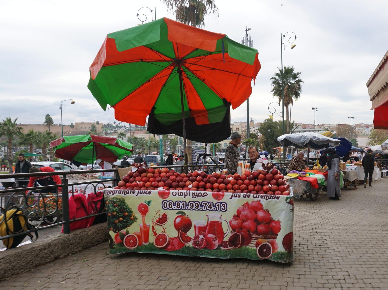 Meknes pomegranates stand