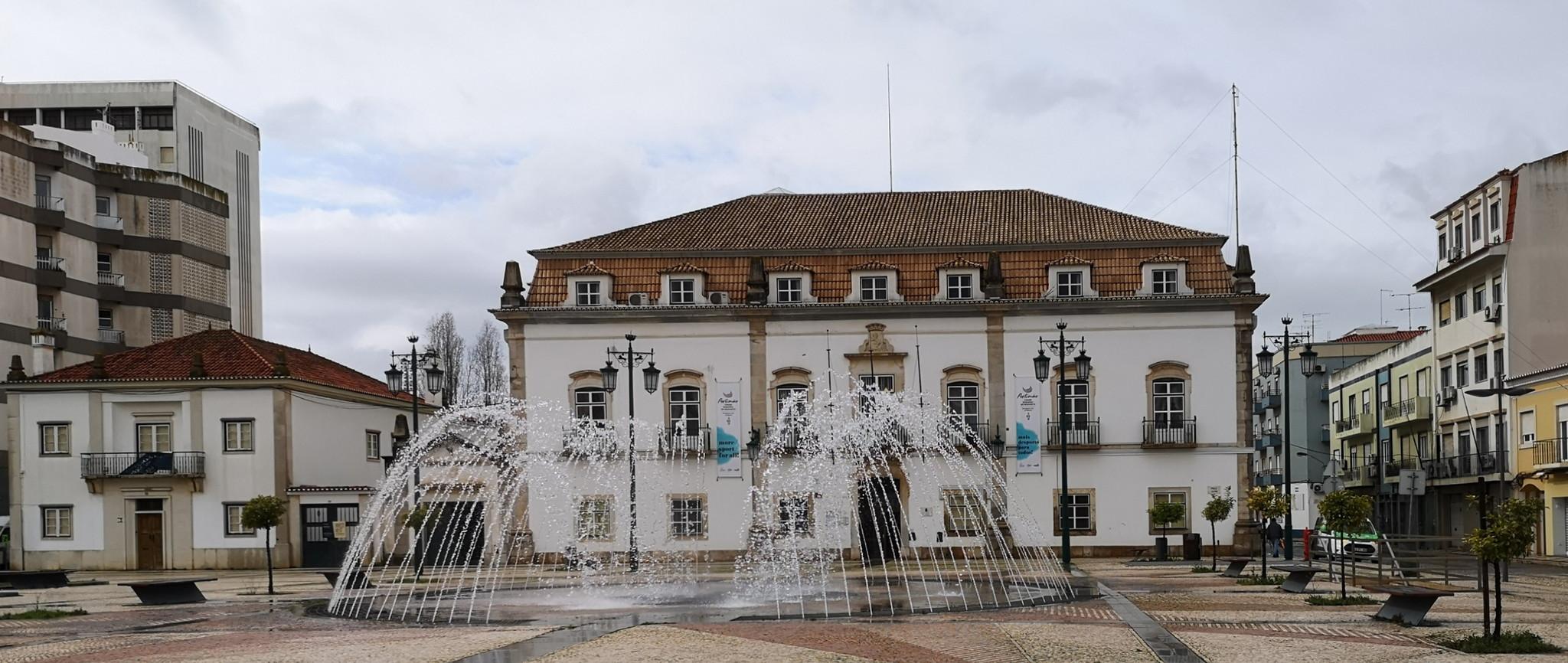 edificio Ayuntamiento Câmara Municipal de Portimão Palacio de Bívar Largo primero de Maio Portimao Algarve Portugal