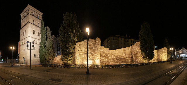 Murallas romanas y Torreón de la Zuda