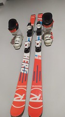 Závodné lyže a lyžiarky ROSSIGNOL - titulní fotka